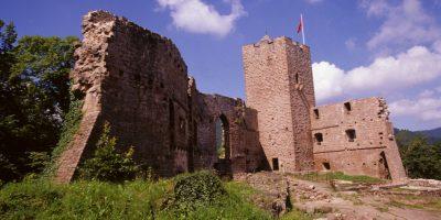Donjon et logis du château de Wangenbourg - Crédit : ADT