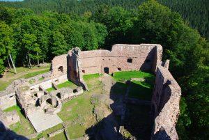 Vue aérienne du château de Wangenbourg - Crédit : OT Wangenbourg